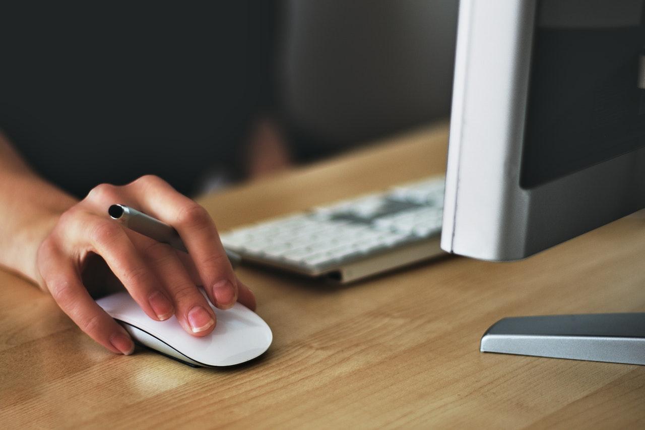 ネットで簡単に完結する依頼から利用までの流れ