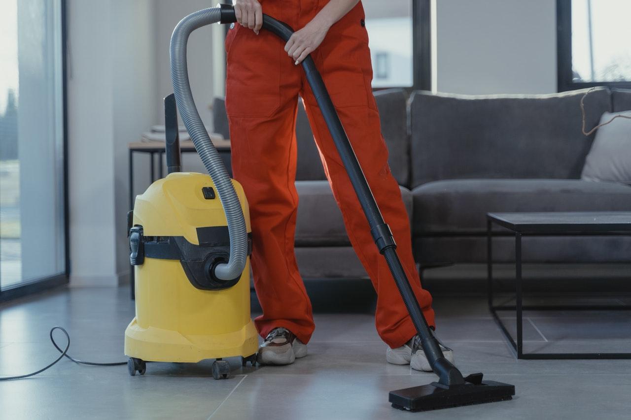 フローリングのおすすめ掃除グッズ